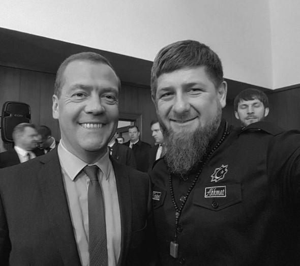 Кадыров похвалил Медведева.jpg